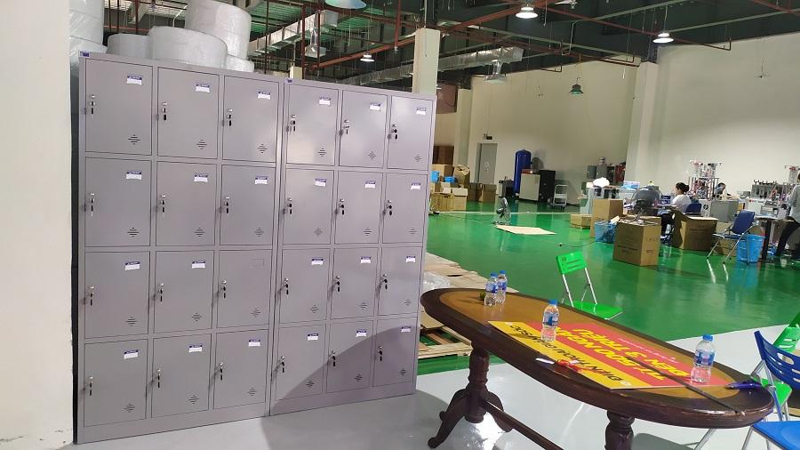 thực tế tủ locker 12 ngăn hòa phát tại kcn quang minh